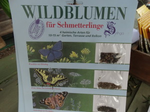 Auch spezielle Samenmischungen von Wildpflanzen für Schmetterlinge sind im Handel erhältlich